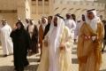 Emir auf dem Rundgang mit VIPs, li. Sheikha Hoor Foto: © Barbara Schumacher