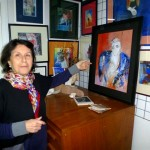Zohra im Atelier, Foto: © Barbara Schumacher