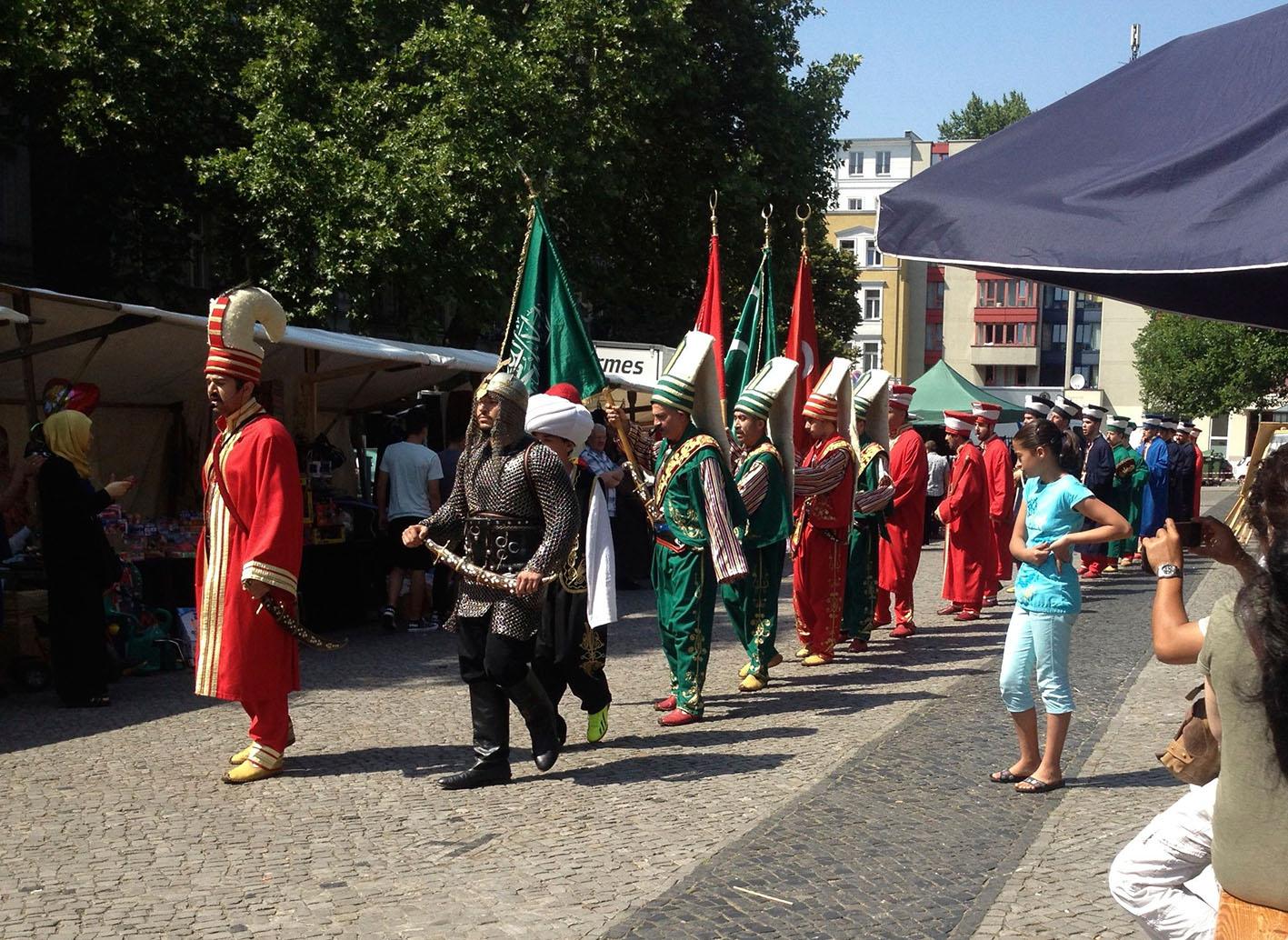 türkisches FEst auf dem Klausenerplatz in Charlottenburg, Foto: Ulrike Askari