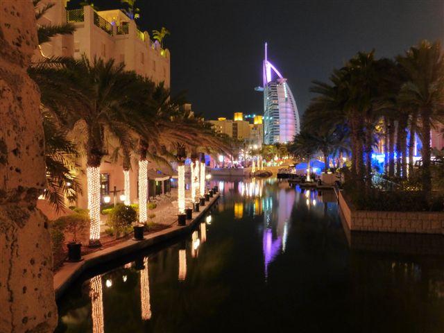 Art Dubai, Sikka, Alif und Noon